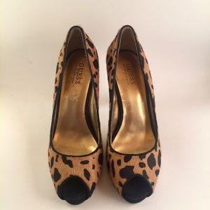 Guess Pumps Cheetah Print Calf Hair Sz 7 Peep Toe